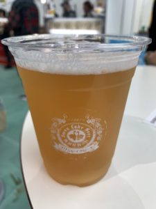 スワンレイクビール(Fruit bomb sour IPA)