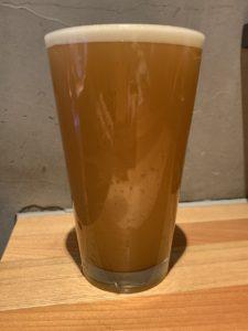 牛久ブルーイング × 秋田あくらビール(ホワイトヘイジーIPA)